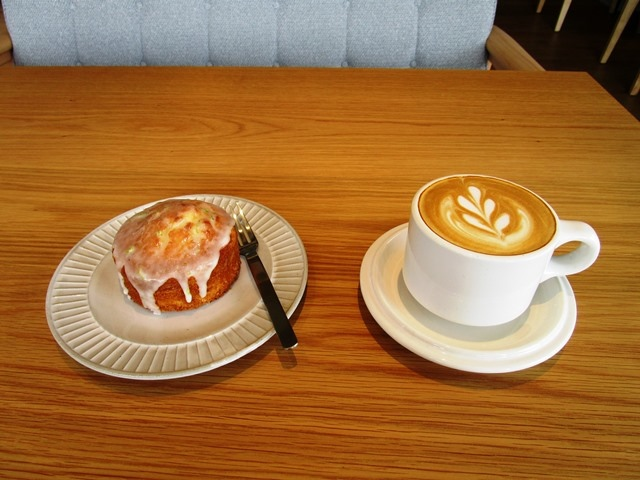 2018-6-8walk in cafe 045.JPG
