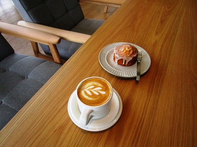 2018-6-8walk in cafe 054.JPG