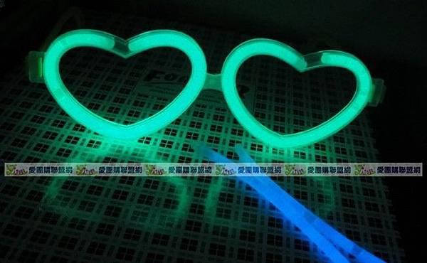 愛心螢光眼鏡|心型螢光棒眼鏡|發光眼鏡|含鏡架+2條螢光棒