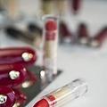 小黑裙聖誕派對 紅寶之吻唇膏巧克力