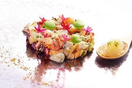 海蚌與咖哩花椰菜佐綠蘋果凍與柚子1.jpg