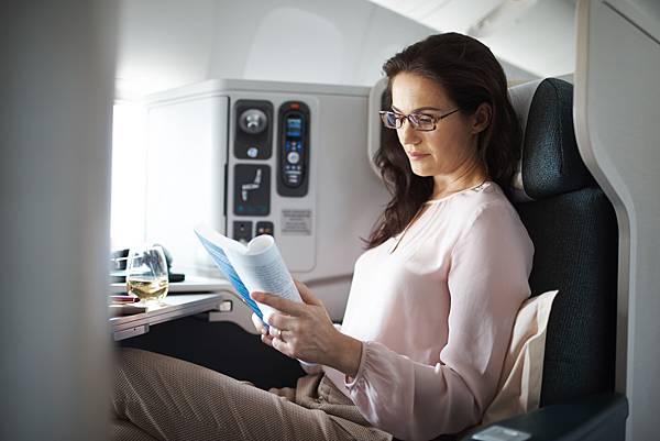 國泰商務艙限時早鳥優惠,最高可享20%的票價折扣。