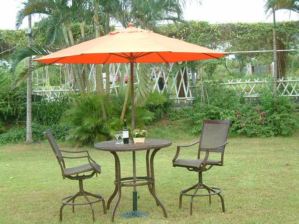 鋁製旋轉吧台桌椅組-9尺全玻纖休閒傘(手搖式).JPG