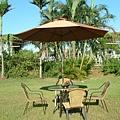 玻璃邊籐桌80cm-9尺不鏽鋼玻纖傘(手搖式).JPG
