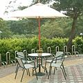 80cm古綠圓鐵桌-7尺玻纖鋁中棒休閒傘(手搖式).jpg