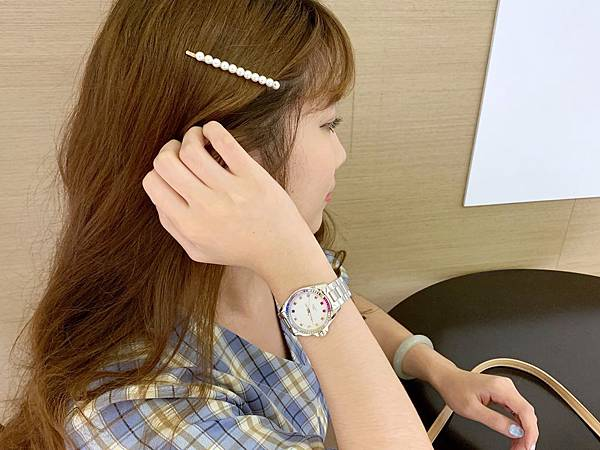 Vogue Studio晶彩系列鑽錶韓系小姊姊風格穿搭02.jpg