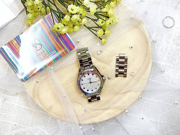 Vogue Studio晶彩系列鑽錶精緻保證卡.jpg