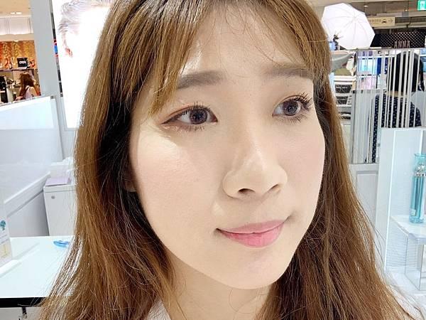 皮醫師Dr.P靚白輕透防曬乳潤色款妝前打底持妝嗎.jpg
