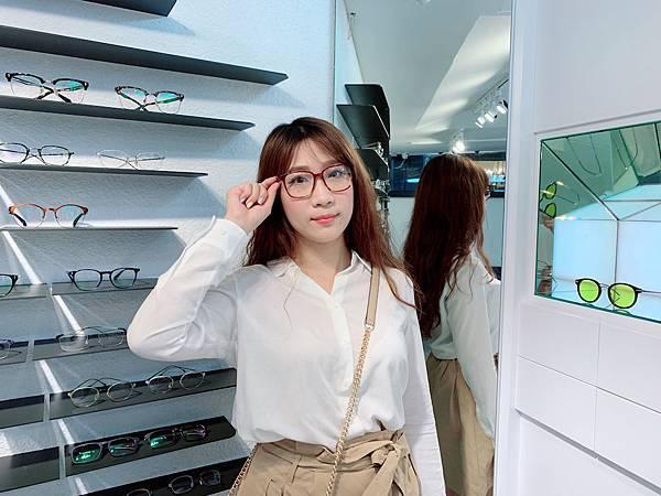 Project Plus 修飾臉型的輕盈眼鏡.JPG