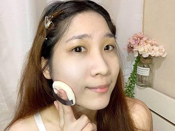 帕妃雯特效完美持妝蜜粉定妝零粉感.jpg