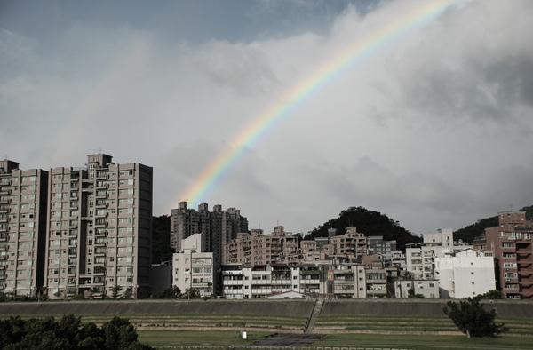 090712彩虹特效