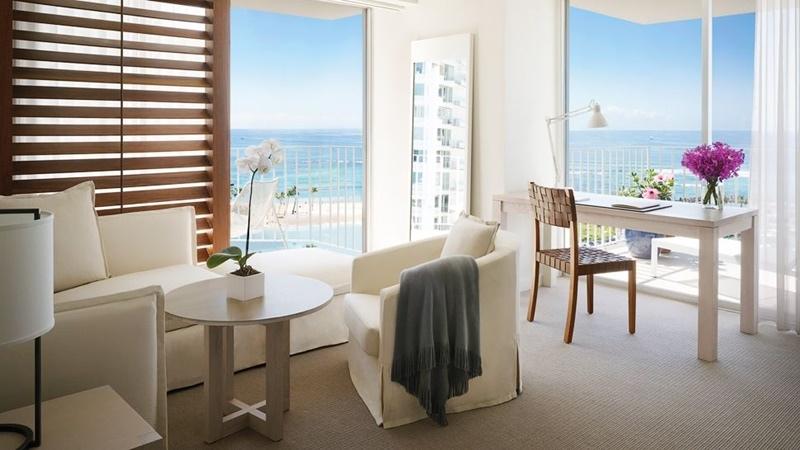 009061-07-rooms-Ocean-Front-Suite.jpg