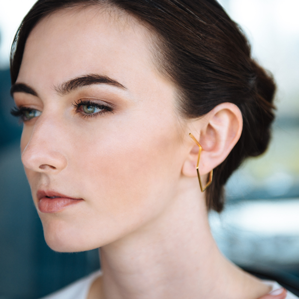 Tanya-earrings-gold-model_1024x1024.png