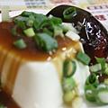 劉家酸菜白肉鍋 - 皮蛋豆腐