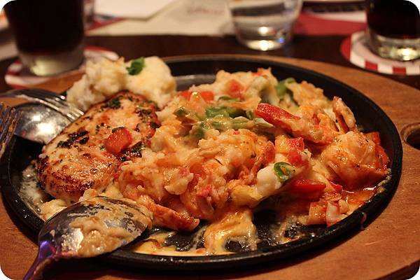 Sizzling Chicken and Shrimp