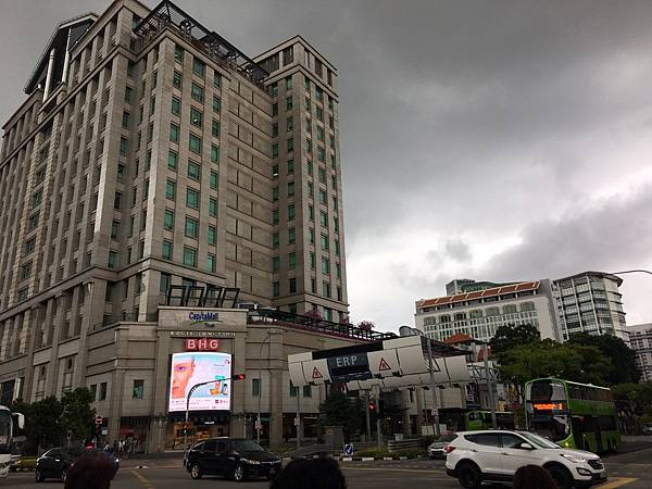 106.9.1-9.7singapore_170930_0168.jpg