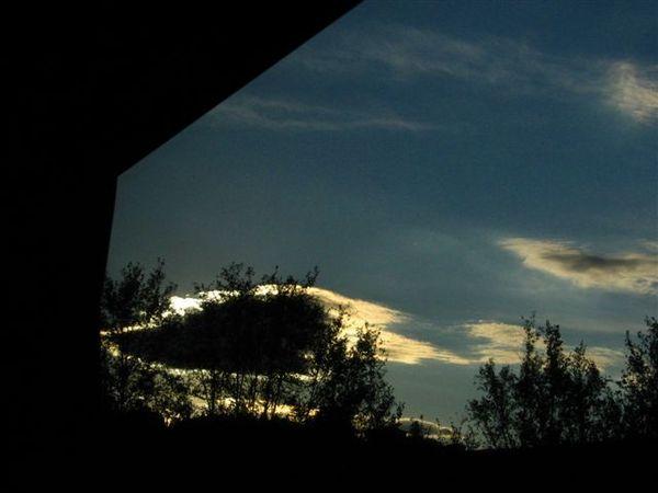天邊的一片雲
