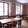 3/5 狩獵宮改成的餐館2樓