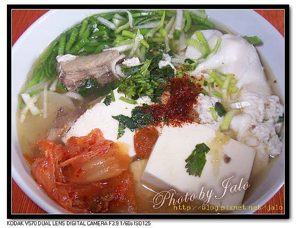 nEO_IMG_麻油雞豆腐泡菜拉麵.jpg