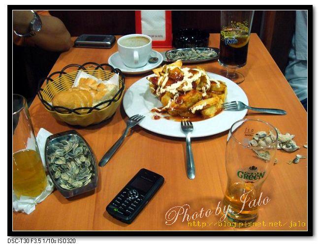 nEO_IMG_酒吧的下酒菜-Patata bravo.jpg
