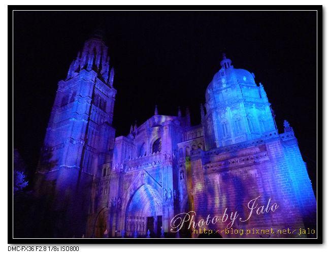 nEO_IMG_Toledo超級聲光秀-大教堂-19.jpg