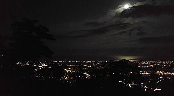 手機版夜景1.jpg
