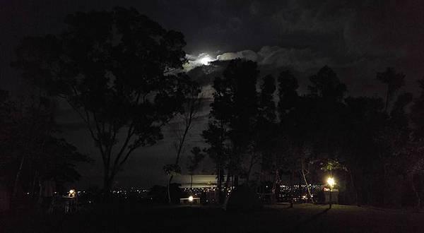 手機版夜景3.jpg