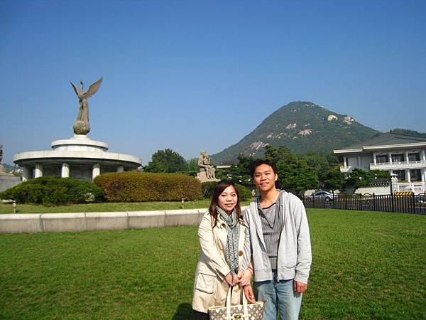6.第5年我們第一次牽手出國去~.JPG