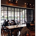 campus cafe - 10.jpg