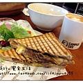 campus cafe - 14.jpg