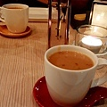 Les Bebes cafe & bar -4.jpg