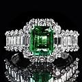 emerald-1137413_640.jpg