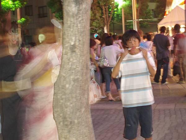 隅田川花火<吃冰的小男孩