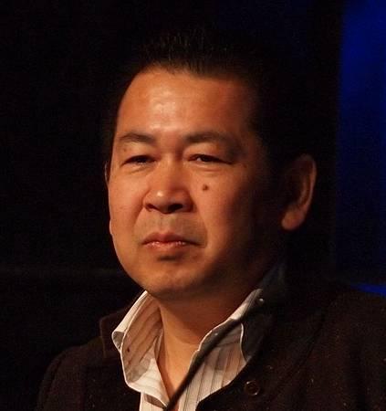 Yu_Suzuki_-_Game_Developers_Conference_2011_-_Day_3.jpg