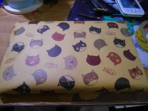 貓貓包裝紙