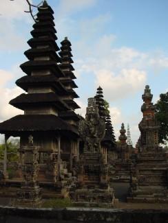 孟威王家廟