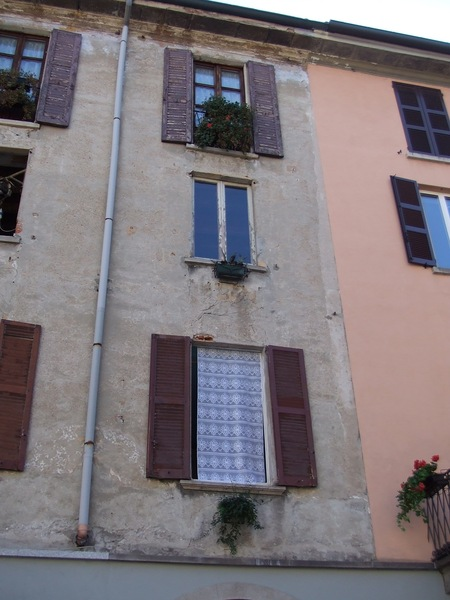 Como 湖邊另一窗 (義大利, 2006)