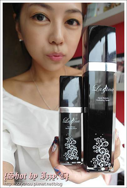 La gina 水美人保濕化妝水/煥采精華