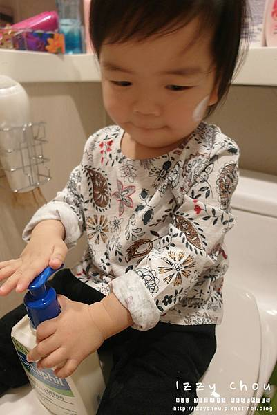 嬰兒 異位性皮膚炎