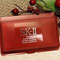 SK-II超肌能光潤無瑕緊顏粉凝霜SPF30/PA+++