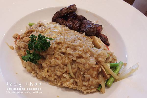 chop chop 恰恰親子餐廳 牛肝菌菇牛排燉飯