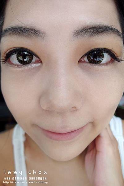 Miss Hana 花娜小姐明眸亮彩臥蠶眼影筆  香檳金%2F珍珠粉