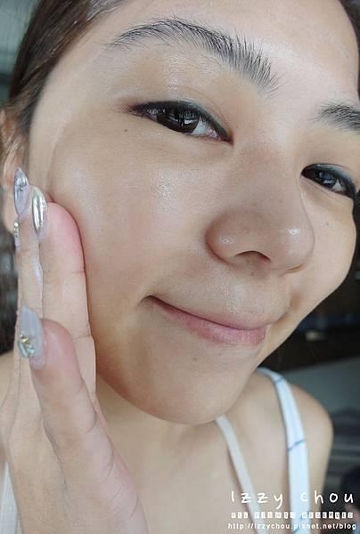JS 婕洛妮絲 全效抗UV水感防曬乳SPF50★★★★