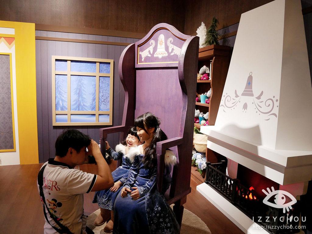 2017迪士尼冰雪奇緣嘉年華 照相館體驗設施排隊攻略