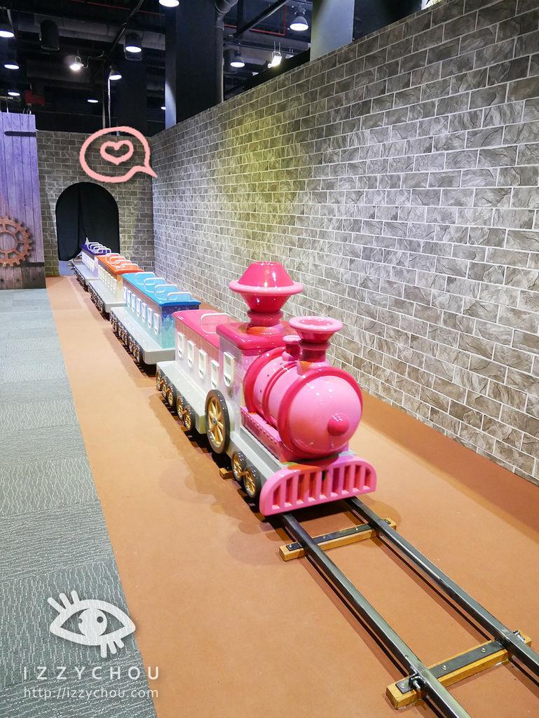 科教館 顛倒屋 2.0特展 歡樂小火車