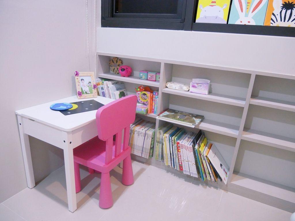 兒童房設計 IKEA 兒童書桌 組裝DIY