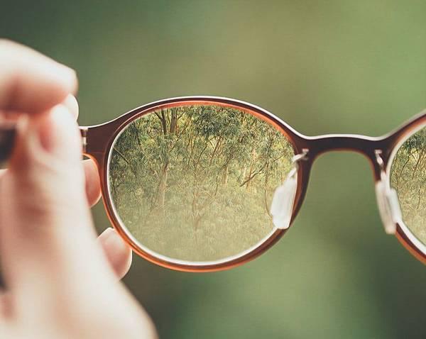 Google人工智慧眼鏡助視障朋友出門更輕鬆(上)