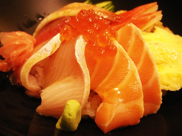 賀川壽司屋