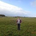 女兒在大草原.JPG