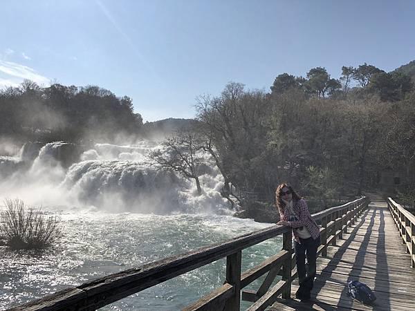 科卡公園的大瀑布6.png.JPG